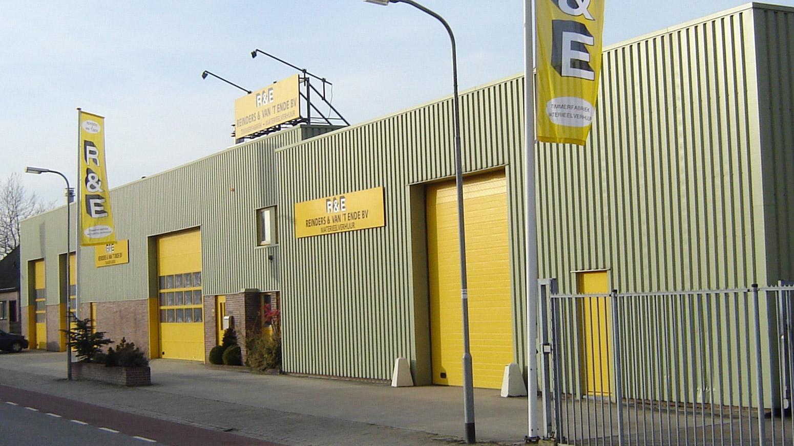 Bedrijfspand Reinders & Van 't Ende BV Timmerfabriek