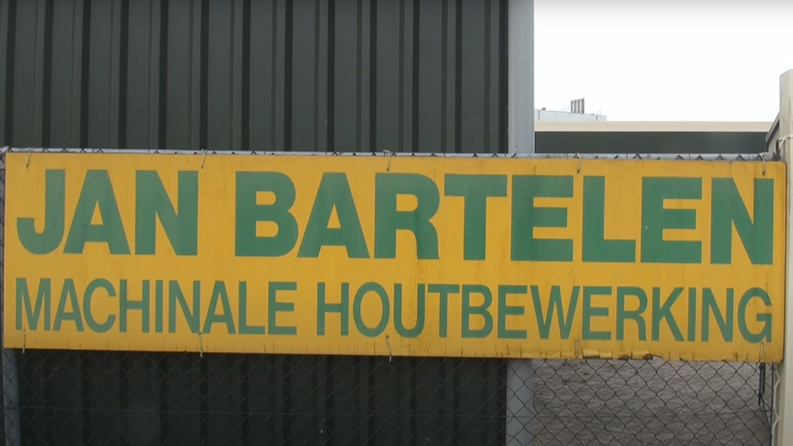 Naambord van BMH bv in Langeweg