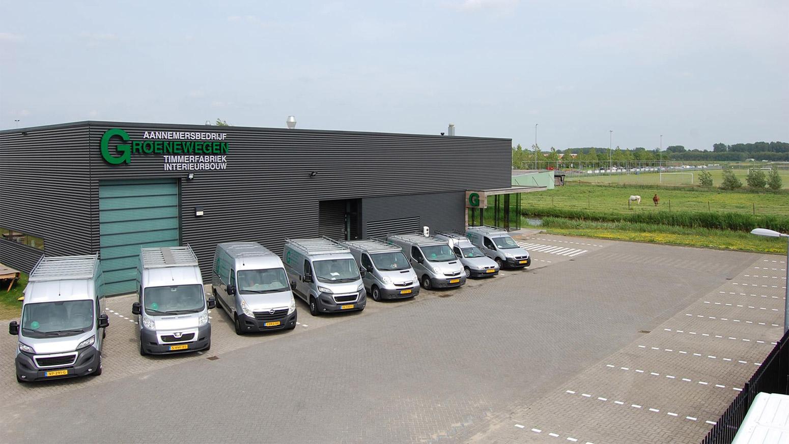Timmerfabriek met wagenpark Groenewegen Aannemersbedrijf BV Bergschenhoek