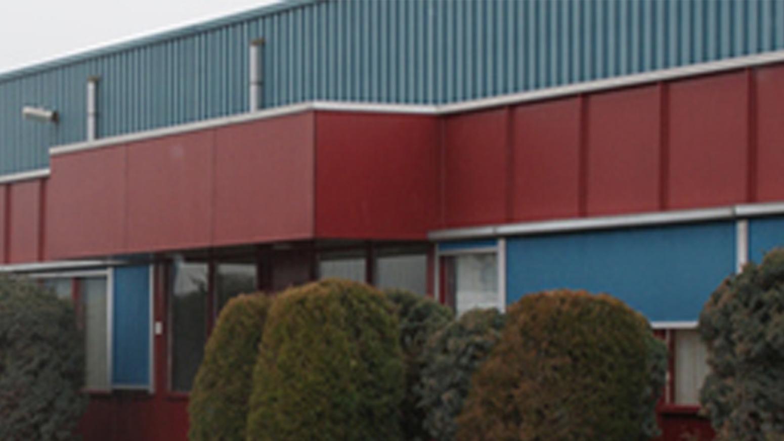 Voorzijde Machinaal Timmerbedrijf van Halteren BV Etten-Leur