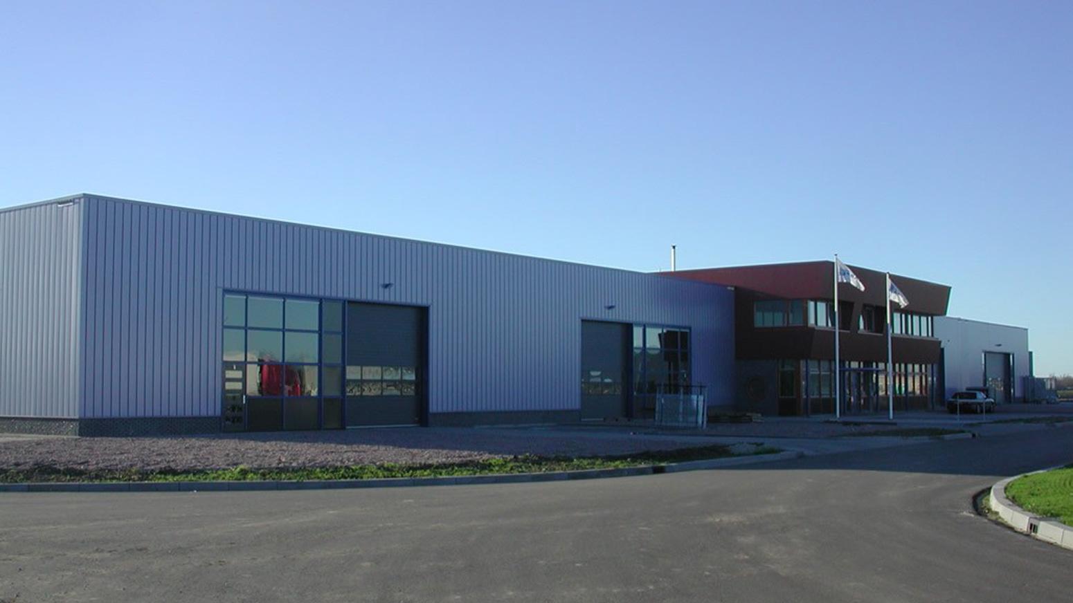 Voorzijde Timmerfabriek Carper in Obdam